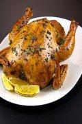 Hähnchen im Backofen perfekt braten - außen knusprig und innen saftig