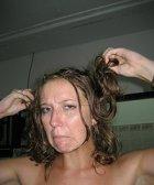 Fettiges Haar richtig pflegen und stylen