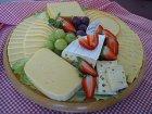 Eine leckere Käseplatte selber machen - diese Käsesorten passen zusammen